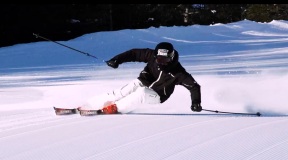 ATOMIC 2021-22 New Model Ski革新的な衝撃吸収機能「REVOSHOCK(レボショック)」